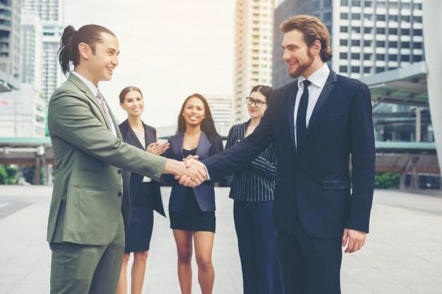 Saiba como escolher advogado empresarial